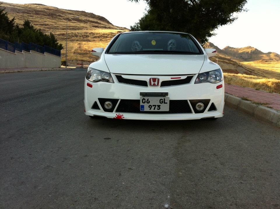 06GL973 – Honda Civic Mugen RR